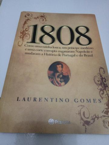 Livro 1808 semi novo