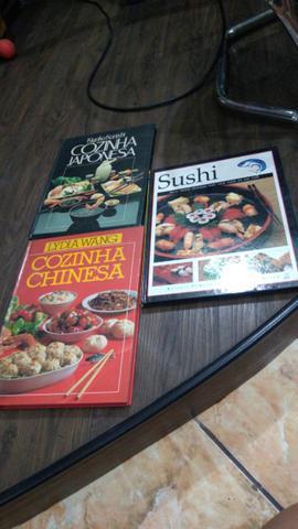 Vendo 3 livros da culinária oriental! (na descrição)