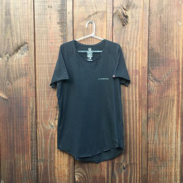 Camiseta longline (alongada) liverpool