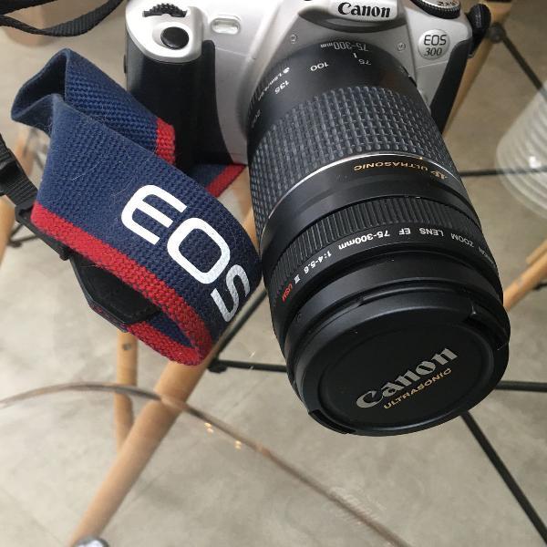 Câmera analógica cânon eos 300