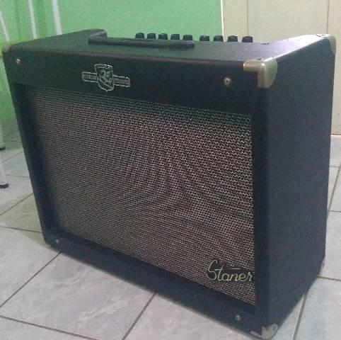 Amplificador de guitarra com overdrive