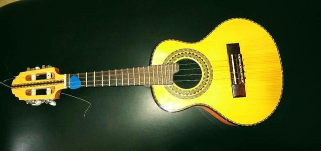 Cavaquinho anderson luthier de cedro com tampo em pinho,