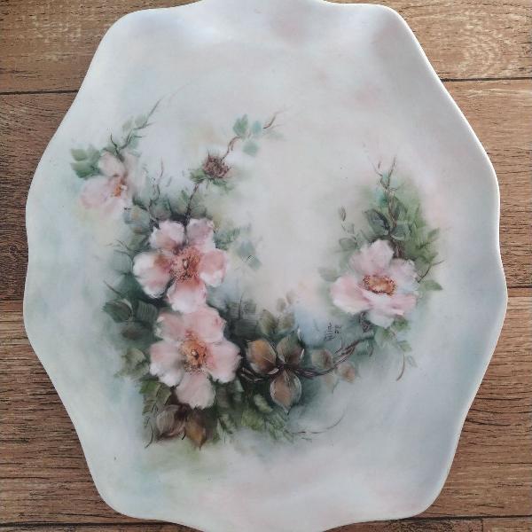 Cerâmica pintada a mão