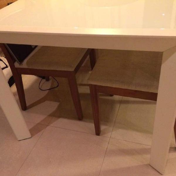 Mesa de jantar saccaro e aparador saccaro