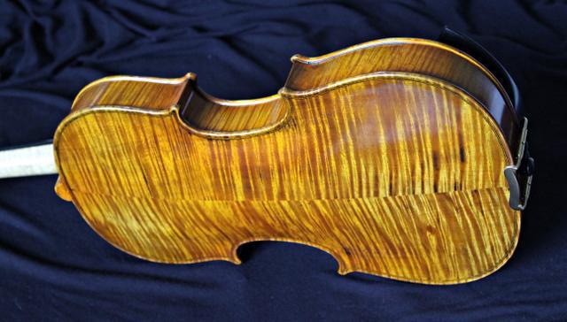 Violino artesanal 4/4 cópia stradivari kruse 1721