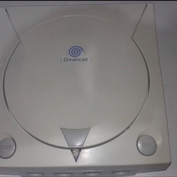 Dreamcast + gdemu + 128gb + controle + jogos.