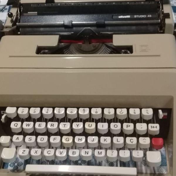 Maquina de escrever studio 45 olivetti antiguidade