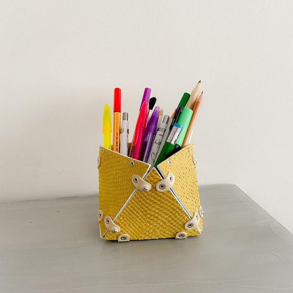 Porta canetas design