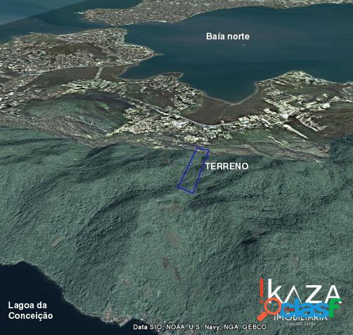 Terreno com 30 hectares com vista para à baía norte