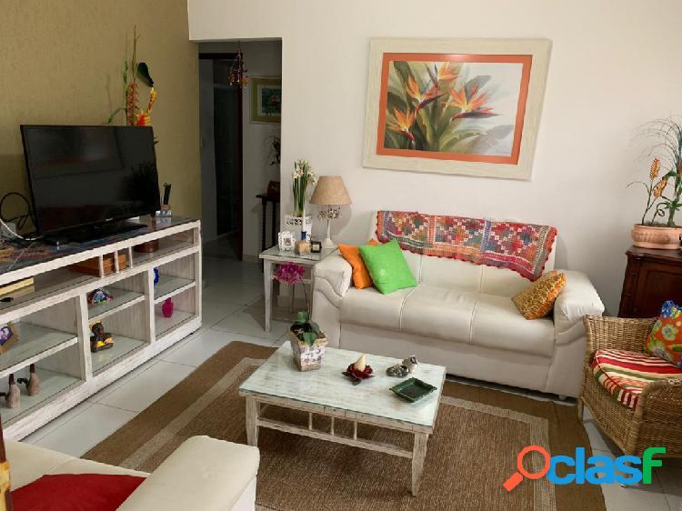Em Cabo Frio casa para venda 3