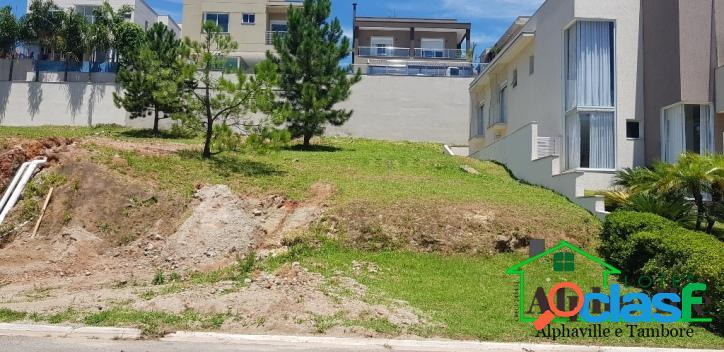 Residencial villa solaia alphaville: terreno à venda com 420m²