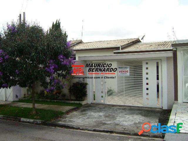 Casa bairro planejado, condomínio giardino d'italia, estuda troca