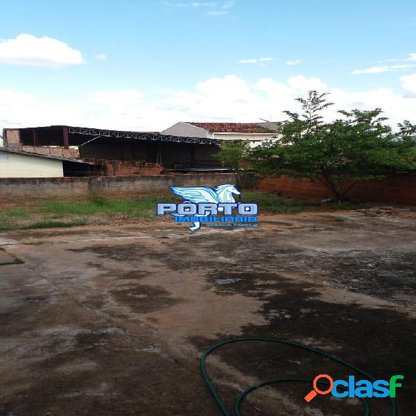 Casa de 2 dormitórios no Jd. Silvestre 1 2