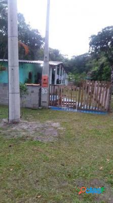 Boa casa no jardim coronel com 2 dormitórios em itanhaém