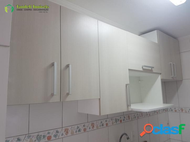Apartamento com condomínio, 2 dormitórios, Cidade São Jorge