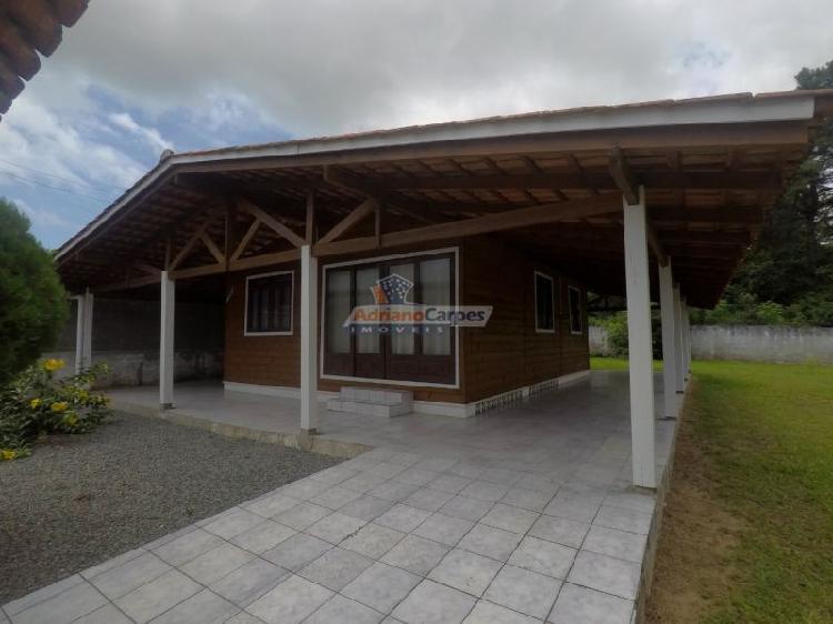 Adriano carpes imóveis vende linda casa com amplo terreno