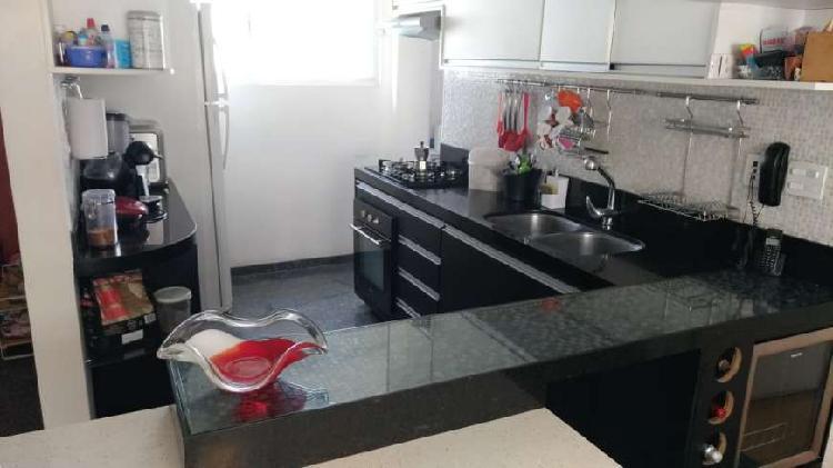 Apartamento reformado para venda próximo do metrô hospital