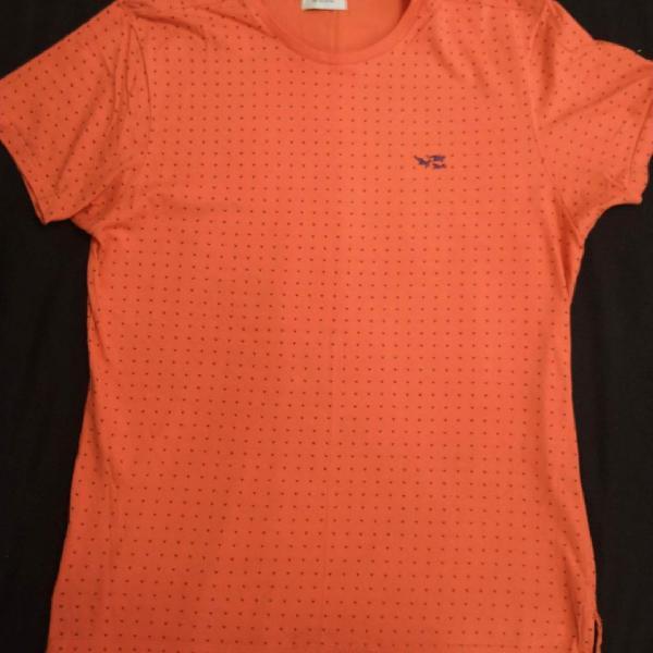 Camisa laranja tamanho p