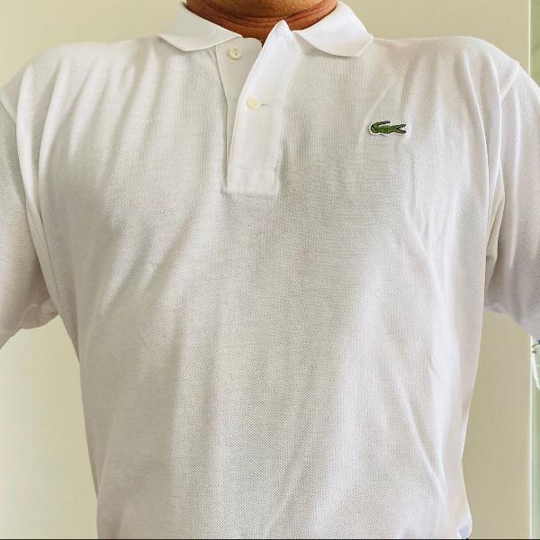 Camiseta polo lacoste branca em algodão peruano. pouco uso.