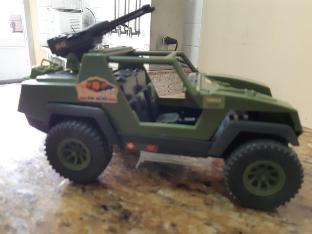 Carros de combate do comandos em ação