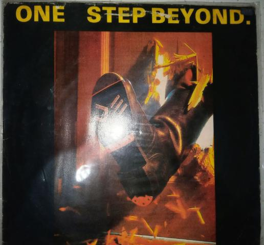 One step beyond 12''mix!club house - i'm alone/cappella -