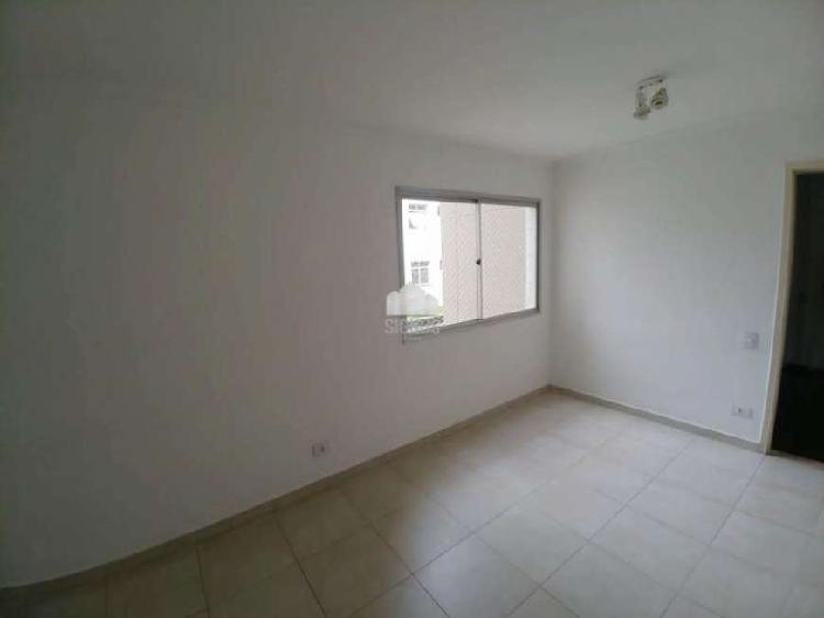 Apartamento à venda/alugar no Jd. das Oliveiras com 02