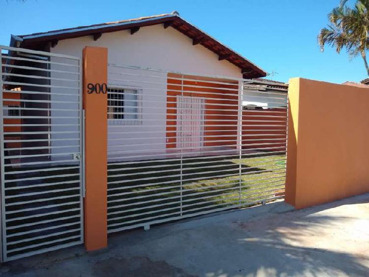 Casa para venda com 125 metros quadrados com 3 quartos em