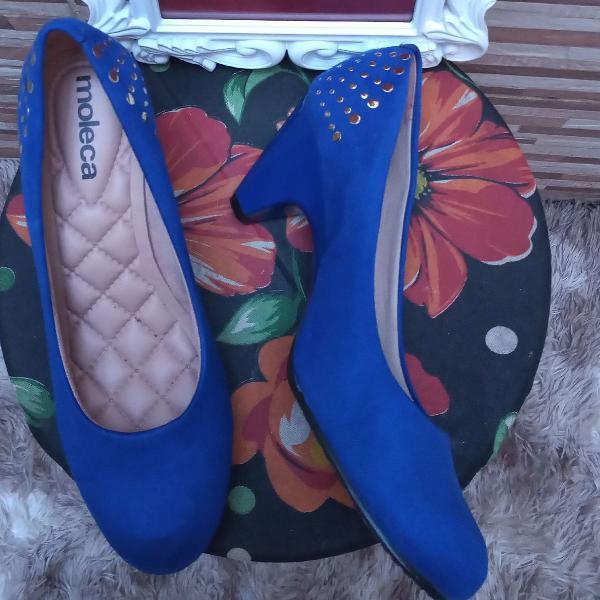 Sapato azul moleca