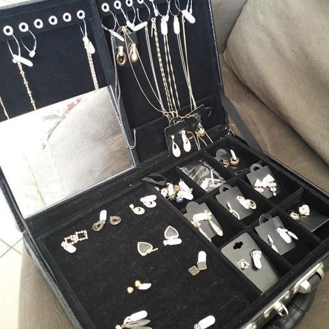 Semi jóias novas