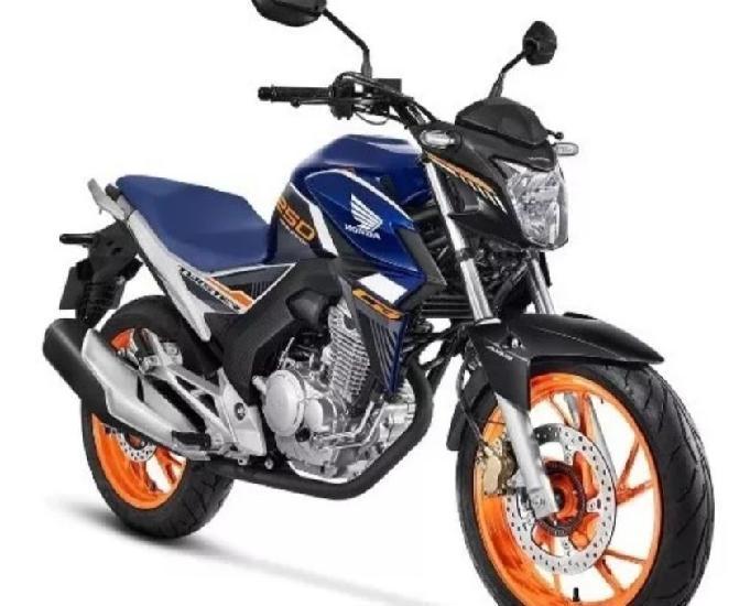 Cb twister 250 cc