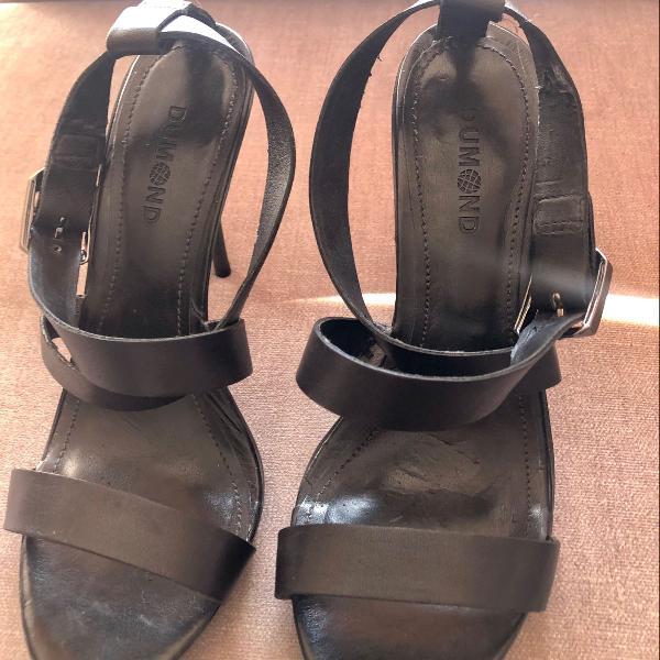 sandália dumond