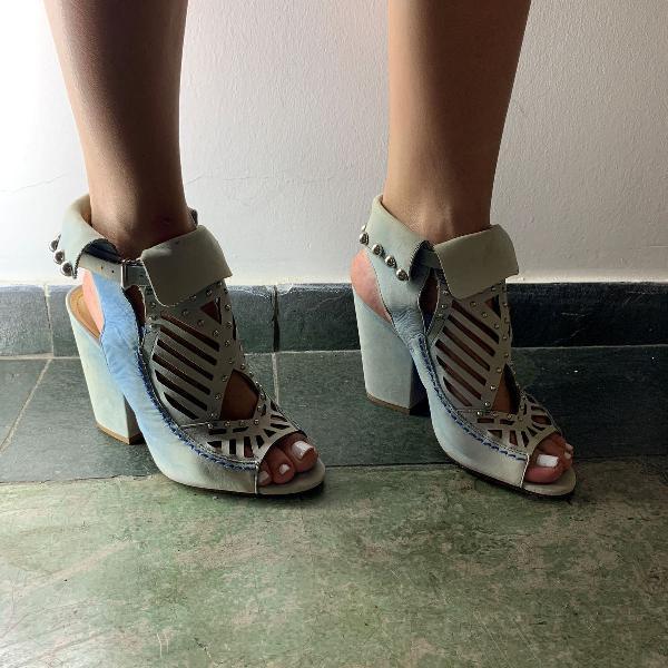 Sandália feminina schutz tamanho 36