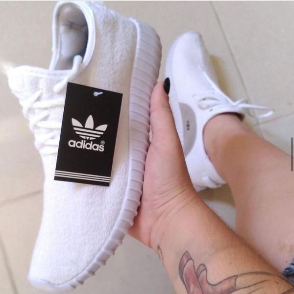 Tenis adidas yeezy boost branco unissex 35