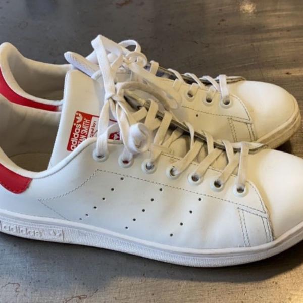 Tênis adidas stan smith vermelho