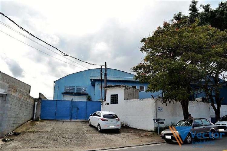 Aluguel de galpão próximo ao centro de itaquaquecetuba