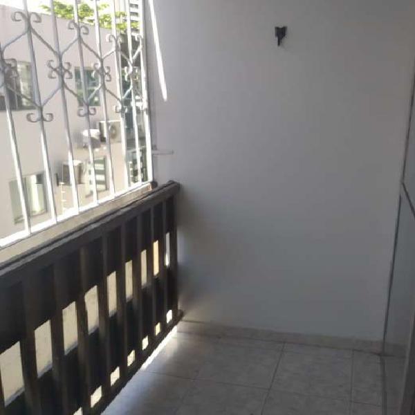 Apartamento a venda com 80 m2, com 2 quartos na Pituba -