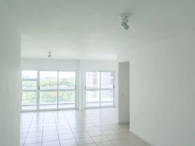 Apartamento para venda tem 139 metros quadrados com 3
