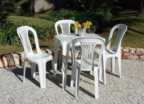 Conjunto de mesas e 4 cadeiras de plastico branco - inmetro
