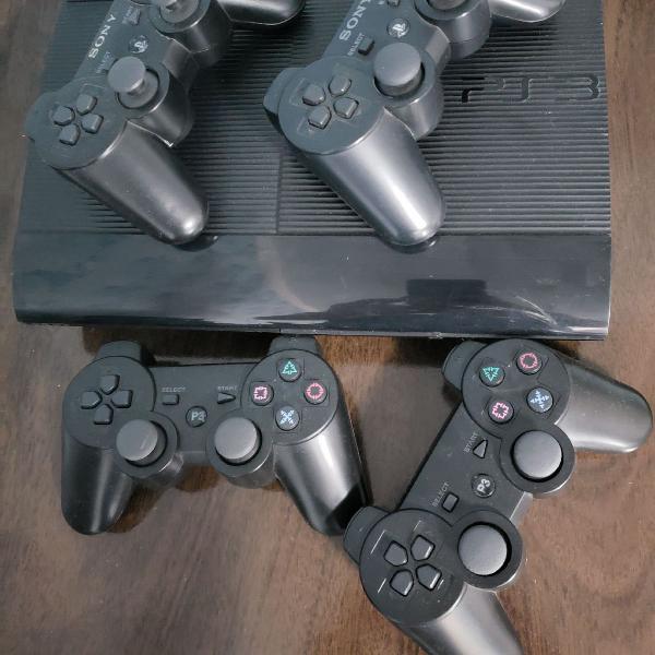 Console ps3 slim 500gb + 4 controles