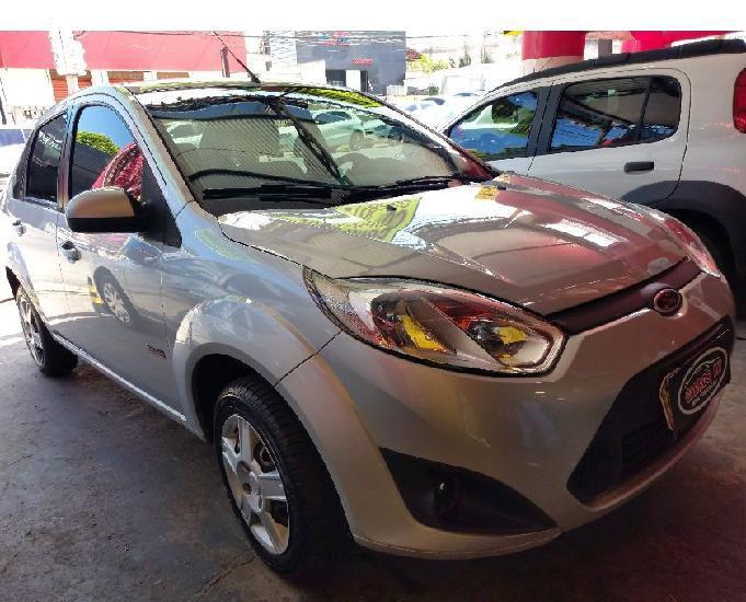 Fiesta sedan 1.6 flex ano 2013 completo r$5.900,00