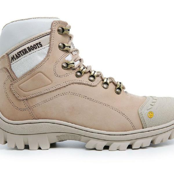 Bota botina coturno master boots em couro