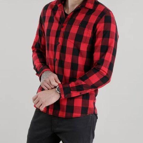 Camisa xadrez vermelha c&a