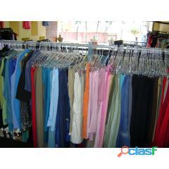 Fornecedores de roupas usadas para brechós