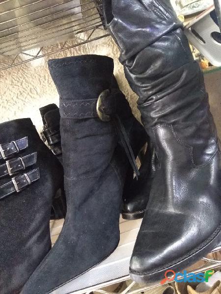 Lote de botas femininas para brechós