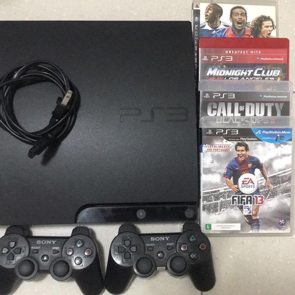 Ps3 console + 2 controles + 4 jogos