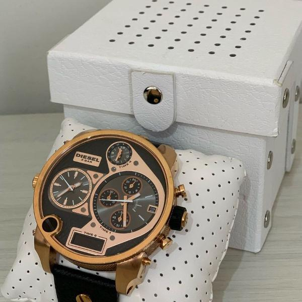 Relógio diesel big daddy cronógrafo dourado rose pulseira