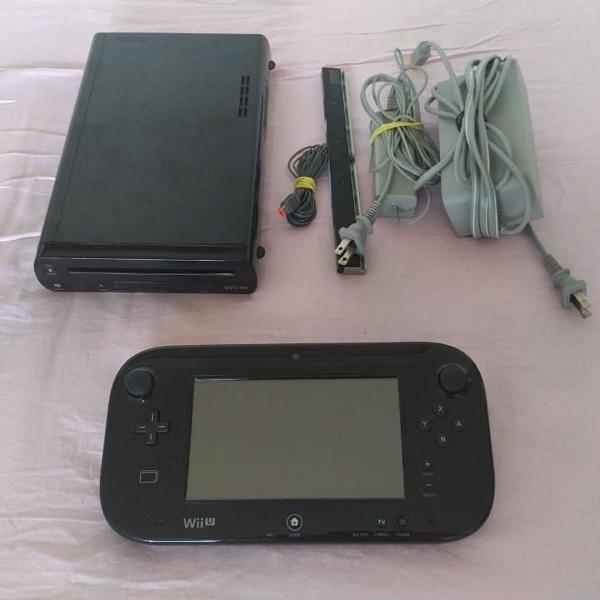 Wii u black 32gb nintendo + controle wii u pro controller