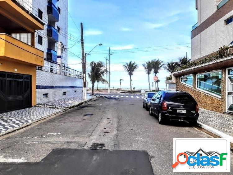 Casa de condomínio a 50 metros do mar em praia grande -sp