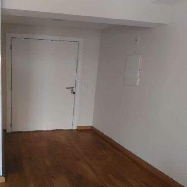 Apartamento para venda possui 69 metros quadrados com 2