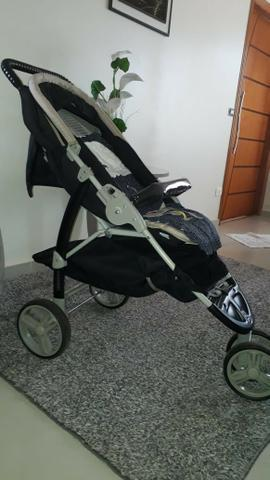 Carrinho de bebê galzerano 3 rodas